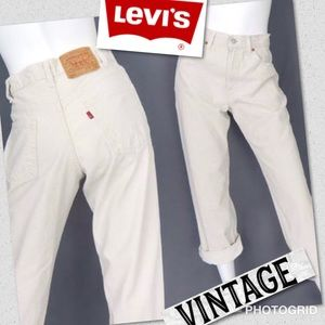 Levi's Vintage 550 White high waisted